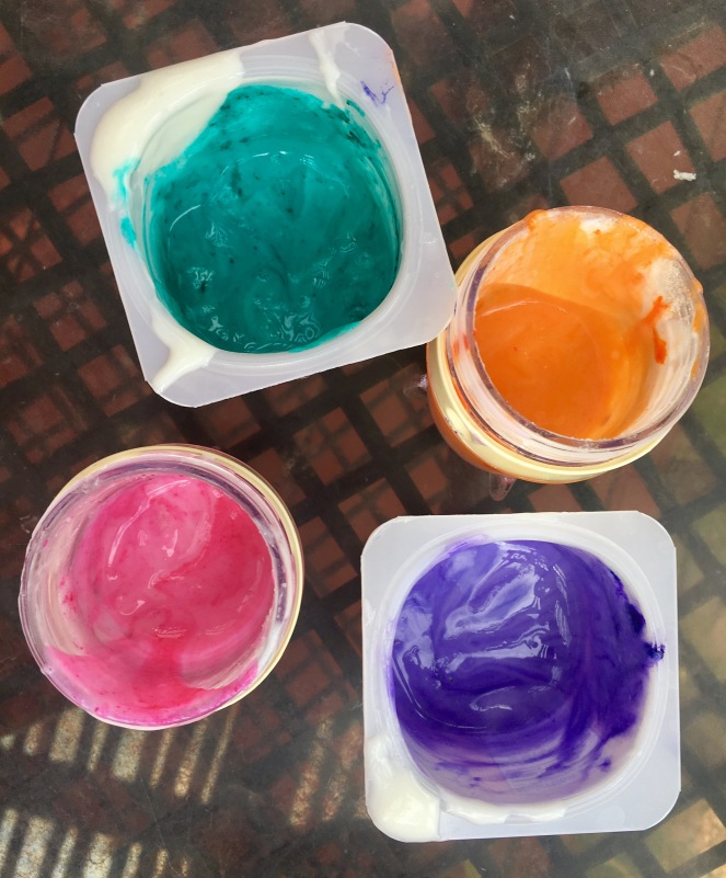 Edible finger paint with yogurt, whipped cream and gelatin
